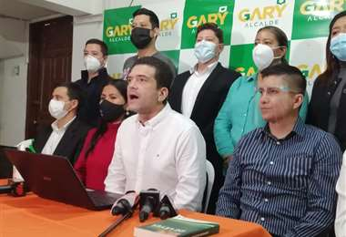 Gary Áñez acusa al alcalde electo de engañar a la población. Foto: JC Torrejón