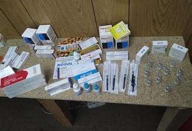 Foto Erbol: Medicamentos secuestrados por la Policía