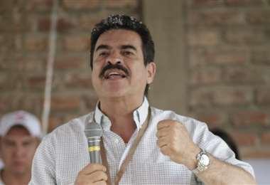 Manfred Reyes Villa quiere coordinar con el ejecutivo la compra de vacunas