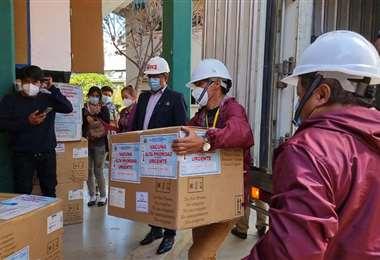 El Sedes de Cochabamba recibió las más de 3 mil dosis.