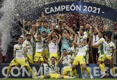 El festejos de los campeones de la Recopa Sudamericana. Foto: AFP