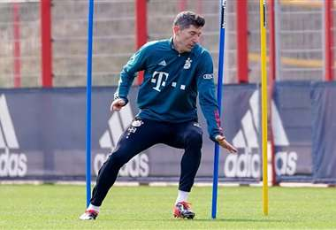 Robert Lewandowski, de 32 años, es el goleador del Bayern de Múnich. Foto: Internet