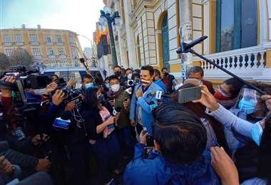 Pedro García viajó a La paz y recibió apoyos de sectores masistas. Foto: RR.SS.
