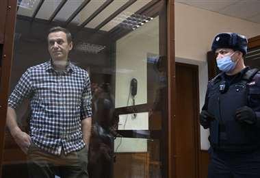 Alexéi Navalni en uno de los juzgados rusos