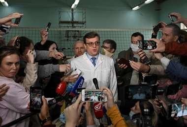 """""""El estado de salud de Navalni es satisfactorio"""", informó el servicio penitenciario"""