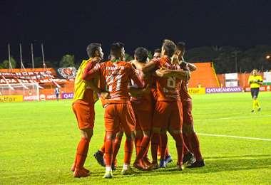 Los jugadores de Guabirá esperan darle otra alegría a sus hinchas el miércoles. Foto: CG