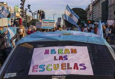 Padres contra la suspensión de las clases en Buenos Aires