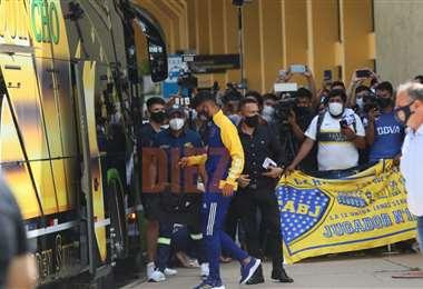 Boca llega a Bolivia con ocho bajas   EL DEBER