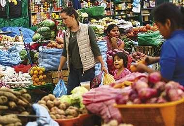 Según el Banco Mundial, la economía global se recupera/Foto: EL DEBER
