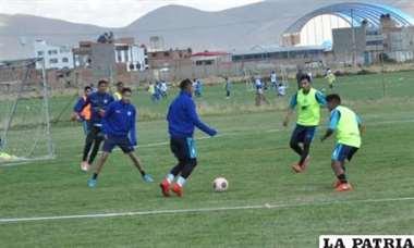 San José se prepara con miras al partido contra Guabirá. Foto: Diario La Patria