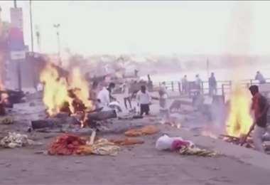Incremento de la demanda de cremaciones en India por coronavirus