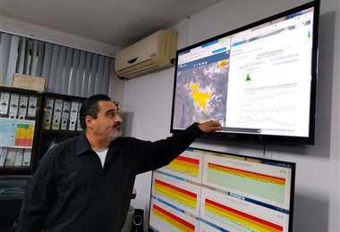 Arnez señaló que las lluvias continuarán la noche de este sábado