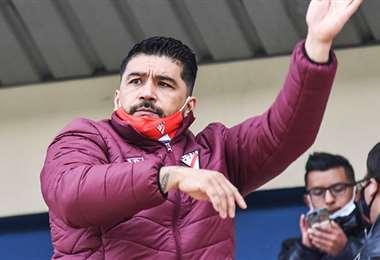 Omar Asad, entrenador argentino de Always Ready. Foto: internet