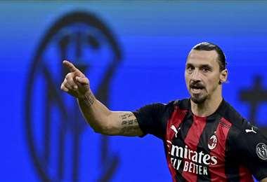 Zlatan Ibrahimovic delantero en el AC Milán. Foto: AFP