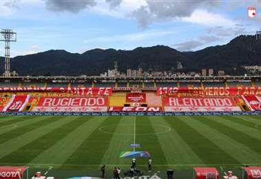 Santa Fe juega de local en El Campín, pero esta vez no puede utilizarlo. Foto: Internet
