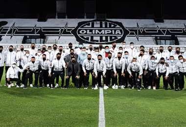 Always Ready hizo reconocimiento al estadio Tigo Manuel Ferreira. Foto: Club Always Ready