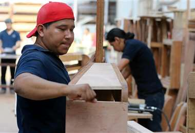 Empresarios dicen que cuidan el empleo formal en Bolivia