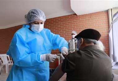 Hay 18 puntos de vacunación en Santa Cruz. Foto: Juan Carlos Torrejón
