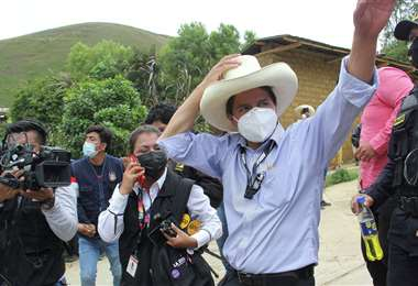 Castillo se enfrenta a la candidata Keiko Fujimori