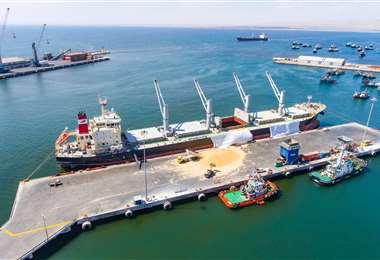 Desde marzo de 2020 mantuvieron 100% operativo el puerto Arica