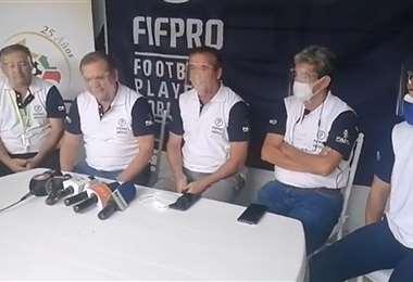 Los representantes de Fabol brindaron una conferencia de prensa. Foto: Captura video Fabol