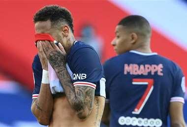 El lamento de Neymar al momento de irse expulsado. Foto: AFP