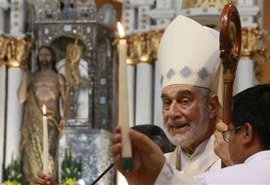 El monseñor Sergio Gualberti durante la homilía de este domingo. Foto: Ricardo Montero