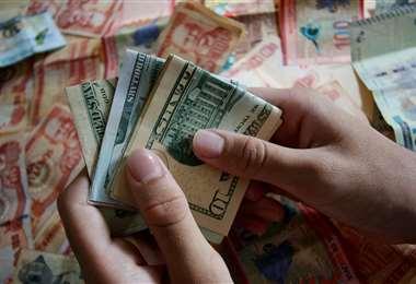 El Gobierno boliviano dijo que gestionará el alivio de la su deuda/Foto: Ricardo Montero