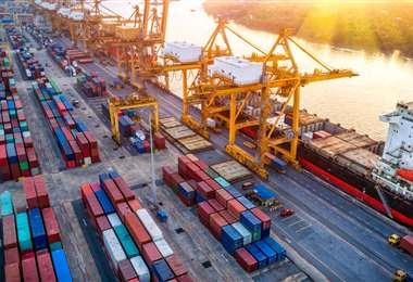El descenso del crecimiento del comercio el año pasado fue menos sombrío de lo previsto