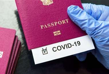 "Reino Unido pondrá a prueba ""pasaportes"" de coronavirus"