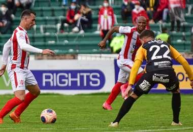 Una de las jugadas del partido. Foto: Club Independiente