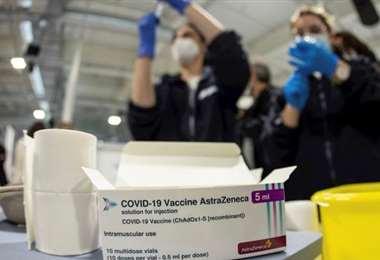 La vacuna de AstraZeneca tiene un 79% de efectividad