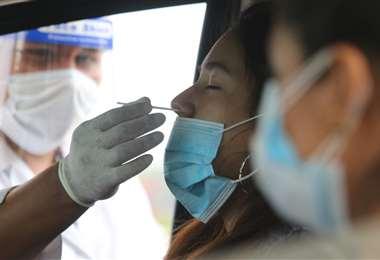 Las pruebas siguen siendo clave para detectar el contagio