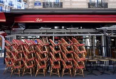 Francia mantiene cerrados todos los restaurantes y cafeterías . Foto AFP
