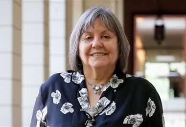 Diamela Eltit pertenece a la generación de escritoras chilenas de la década de los 80