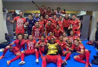 La celebración de los jugadores de Guabirá en el camarín. Foto: Prensa Guabirá