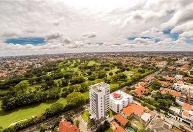 Santa Cruz es el departamento más poblado con 3,3 millones de habitantes, según el INE