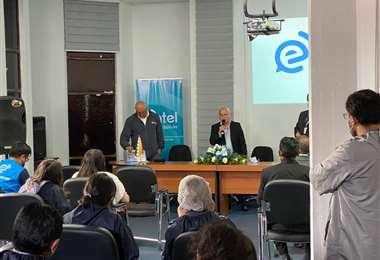 El gerente de Entel, Roque Roy Méndez dijo que actualizaron 147 sitios en el área rural
