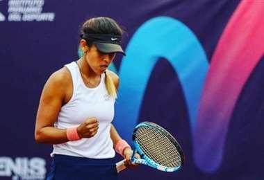 La boliviana Noelia Zeballos acarició el título en Turquía. Foto: FBT