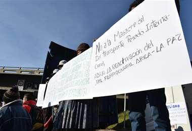 Trasportistas pesados protestan en La Paz