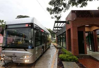 Llegan 5 buses para el servicio del BRT