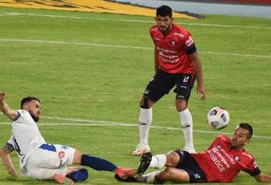 En la ida, jugada en Cochabamba el 29 de abril, empataron sin goles. Foto: APG Noticias