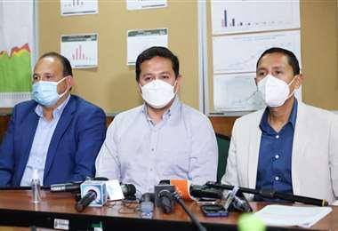 Gobernación y Ministerio de salud aúnan esfuerzos para la vacunación
