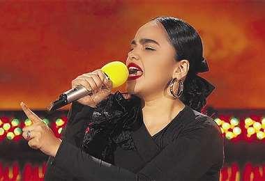La boliviana se especializa en música ranchera