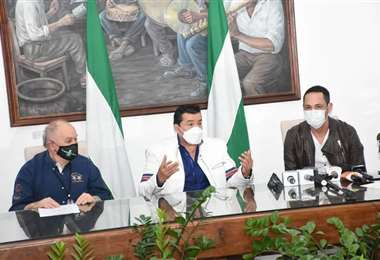 El alcalde Johnny Fernández presentó este martes a Azkargorta y Saucedo.