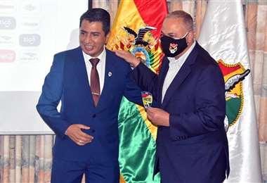 Chambi (izq.), presidente de la ABAF y Costa, titular de la FBF. Foto: FBF