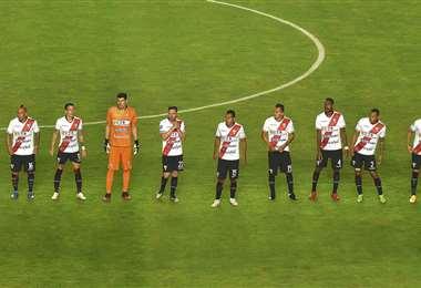 Los futbolistas que no sean llamados a la selección volverán a jugar en julio. Foto: APG