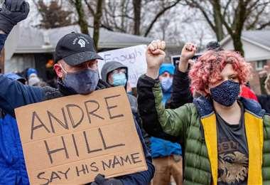Muchos estadounidenses protestaron por la muerte de Andre Hill. Foto. Internet
