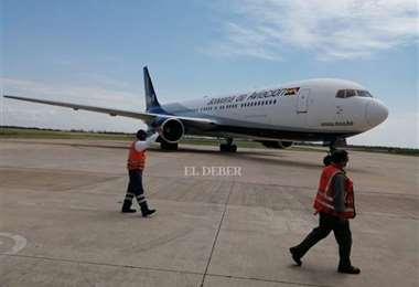 Un avión de BoA llegó a Viru Viru con 334.400 dosis de vacunas. Foto: archivo