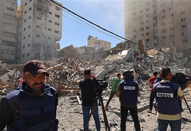 Los ataques israelíes han destruido edificios en la Franja de Gaza. Foto. AFP